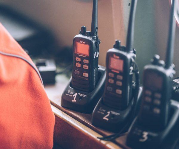 Set of walkie talkies